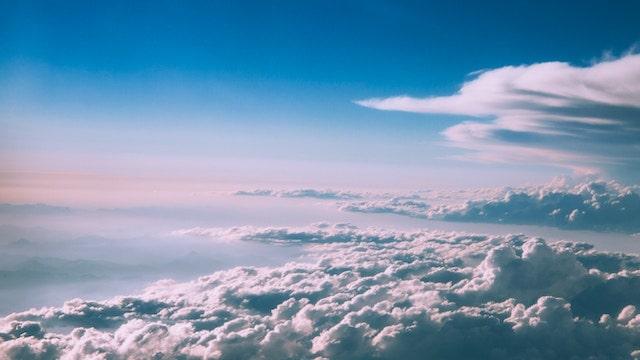 El entorno básico de vida que Dios crea para la humanidad: El aire