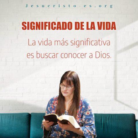 Cristiano leyendo la palabra de dios